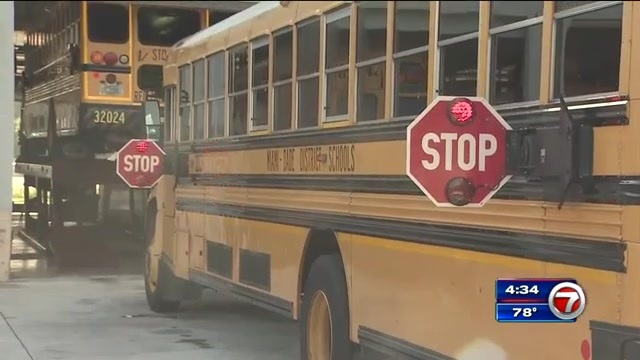 M Dcps Touts High Tech School Bus Upgrades Active Shooter Training For Drivers Wsvn 7news Miami News Weather Sports Fort Lauderdale