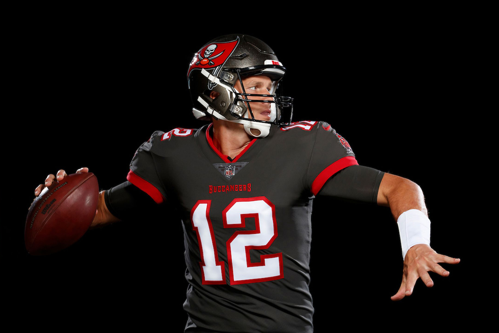 Brady Bucs Look To Solidify Playoff Chances Against Falcons Wsvn 7news Miami News Weather Sports Fort Lauderdale